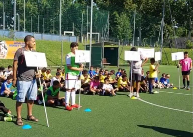 La bellissima giornata dei bambini dell'Africa Cup Junior